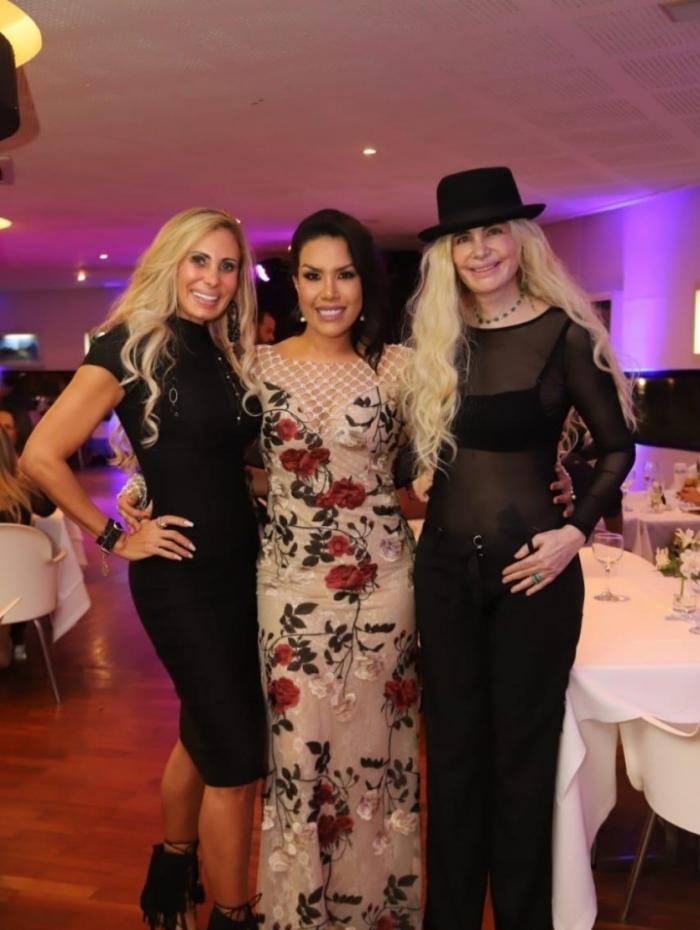 Angela Bismarchi, Isis de Oliveira e Renata Horn