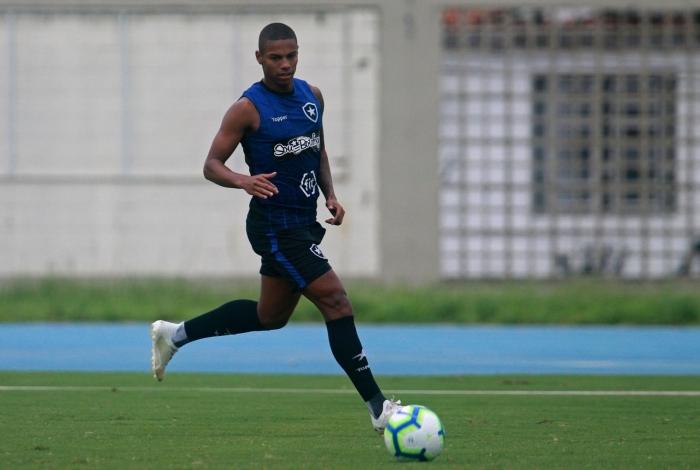 Rickson pode ser uma novidade para a partida contra o Corinthians