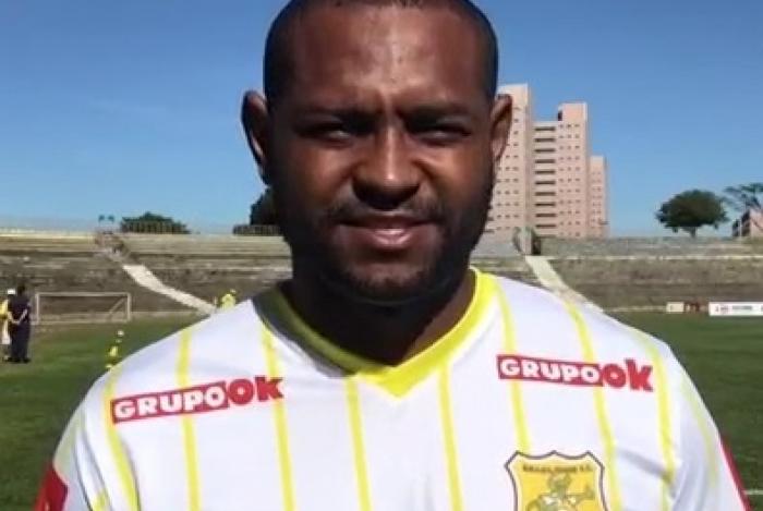 Jobson, segundo empresário, tem contrato com o Brasiliense até 2021
