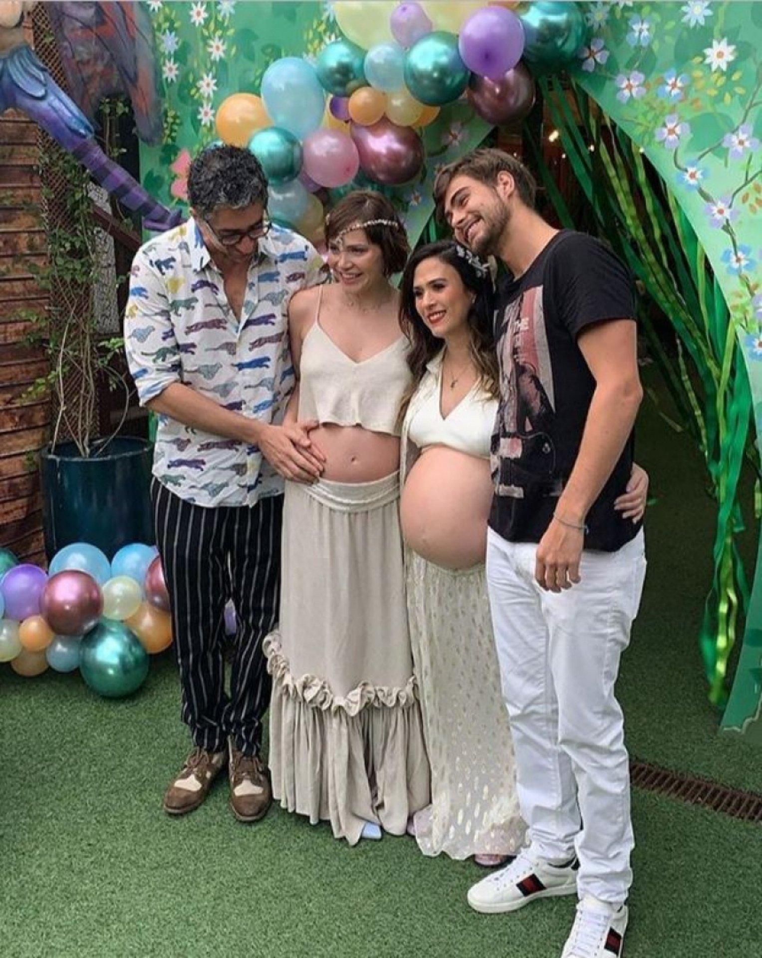 Tatá Werneck e Leticia Colin fazem chá de bebê juntas Jornal MEIA HORA -  Babado