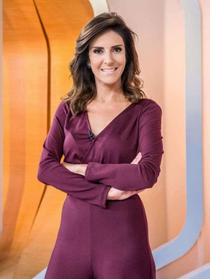 Monalisa Perrone apresentadora do 'Hora 1'