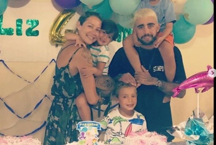 Luana Piovani e Pedro Scooby aparecem juntos na festa dos filhos