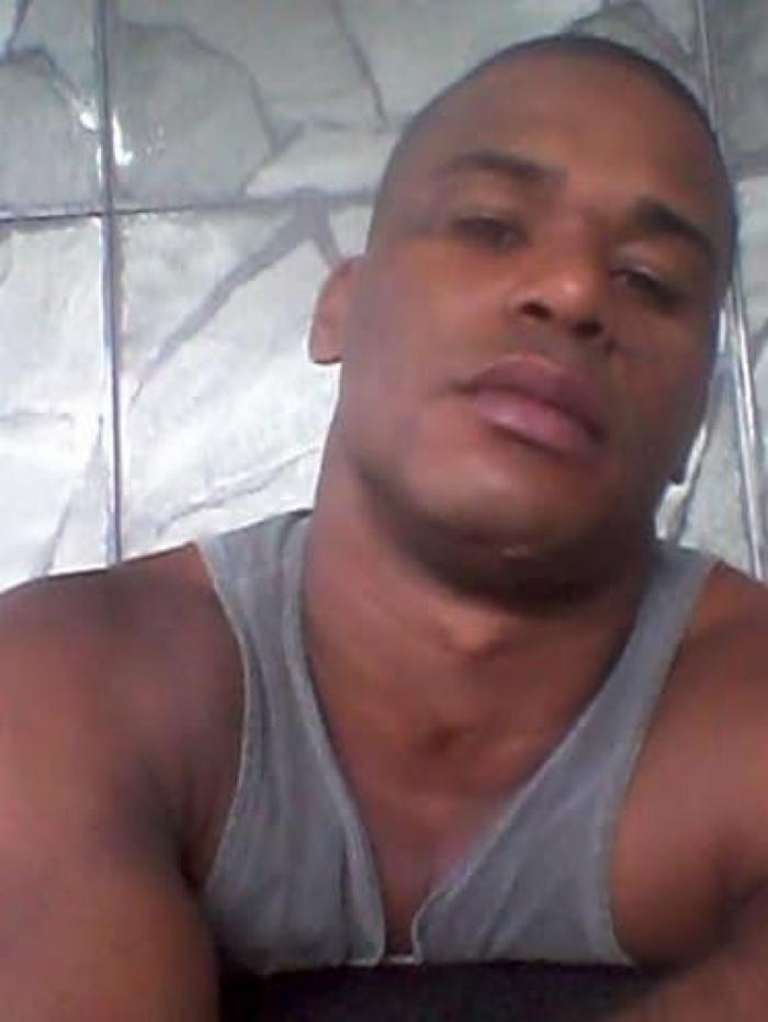 Paulo Vitor, conhecido como PV seria integrante do grupo de milicianos Liga da Justiça
