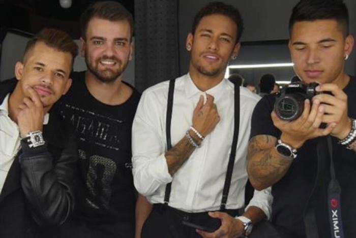 Neymar e seus