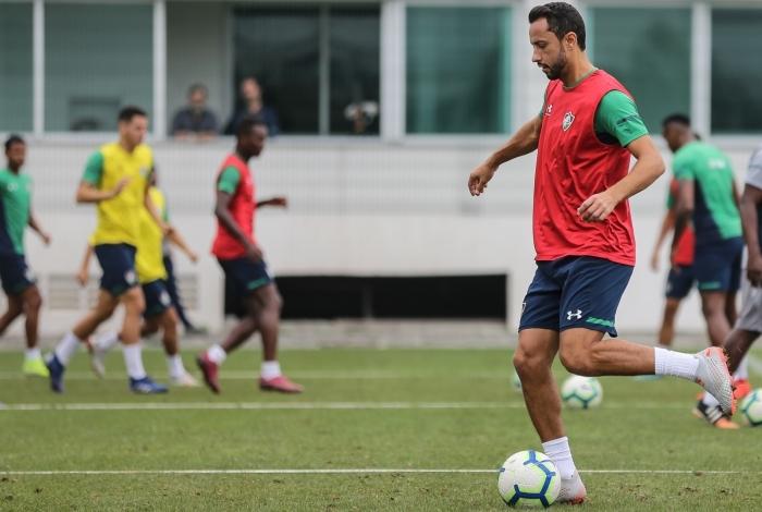 Nenê ganhou espaço na equipe titular com Oswaldo de Oliveira