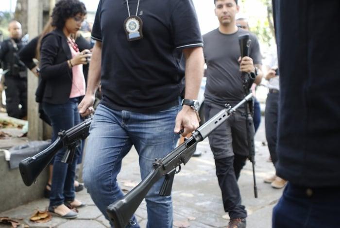 PMs entregaram armas usadas no dia da morte de Agatha Felix