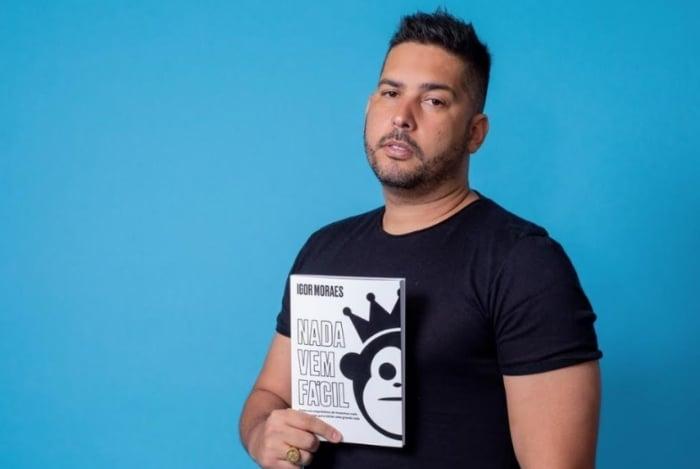VANESSA HADDAD ASSESSORIA Anexos 13:52 (há 5 horas) para Rodrigo  'Nada vem Fácil': história de empresário que montou uma grande rede de vestuário com um empréstimo de 300 reais e contada em livro
