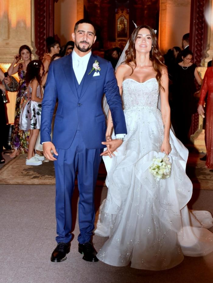 Thaila Ayala e Renato Góes se casam na Igreja do Carmo, em Pernambuco