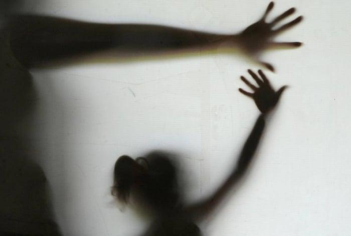 Tio de menina grávida diz que estupro era consensual e se entregou por medo