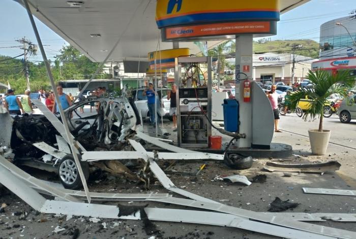 Explosão em posto de gasolina, em São Gonçalo