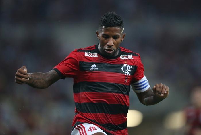 Rodinei deve ser titular no clássico contra o Fluminense