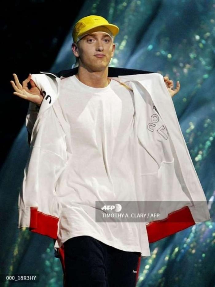Eminem em 2002