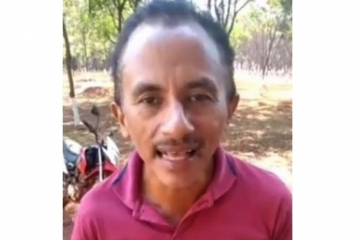 Autor de 'Caneta Azul' registra hit no cartório