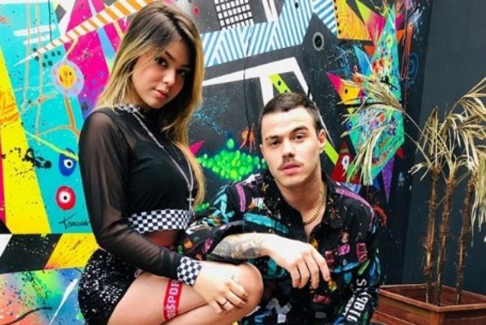 Melody e Túlio durante a produção do videoclipe de