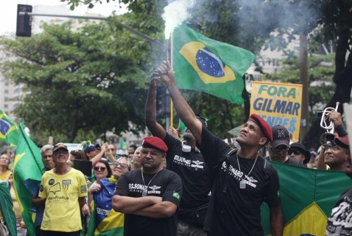 Rio, 17/11/2019  - Ato Pro Bolsonaro e contra Gilmar Mendes. Copacabana, zona sul  do Rio,  Foto: Ricardo Cassiano/Agencia O Dia