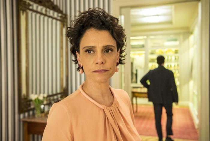 Lídia (Malu Galli), em 'Amor de Mãe'