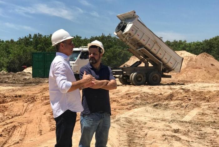 Presidente do Vasco visitou o terreno do futuro CT