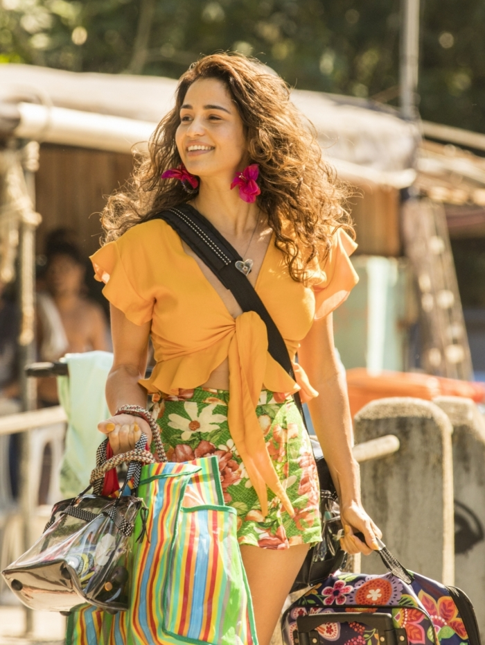 Érica (Nanda Costa), em 'Amor de Mãe'
