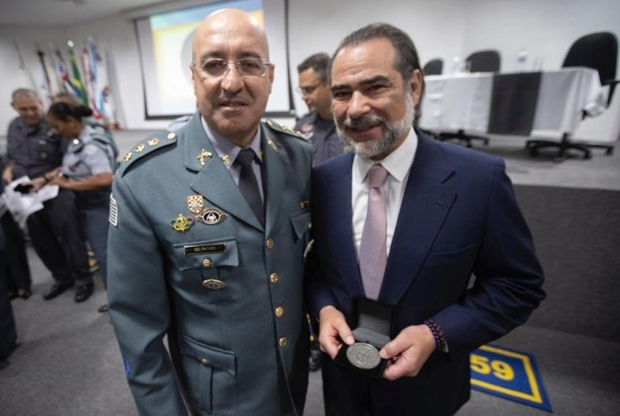 Coronel Ronaldo Gonçalves Faro, comandante do CPM, e Nuno Vasconcellos