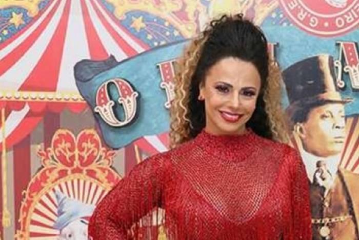Viviane Araújo recebe rainhas de outras escolas na Quadra da Acadêmicos do Salgueiro para lançamento de CD com sambas enredo