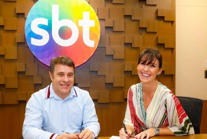 Glenda Kozlowski assina contrato com SBT