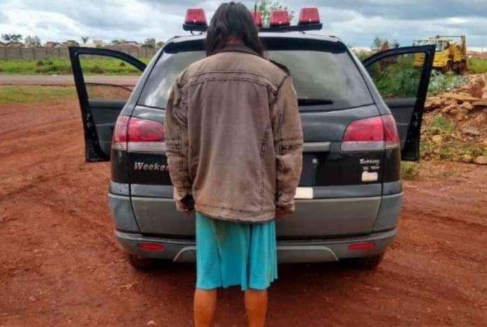 Mulher foi presa pela polícia após confessar crime