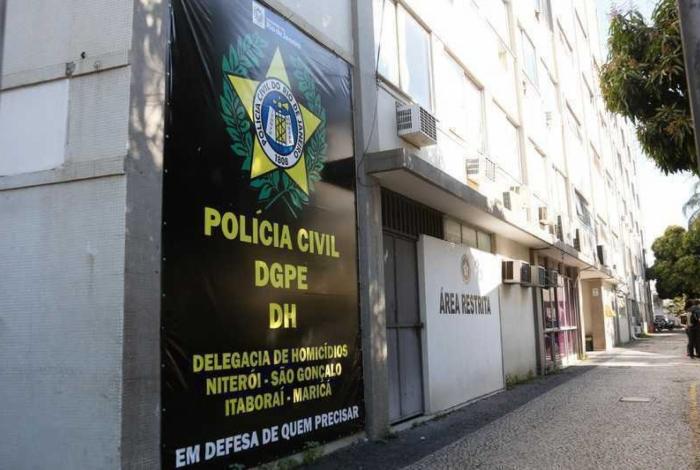 As investigações estão a cargo da Delegacia de Homicídios de Niterói e São Gonçalo