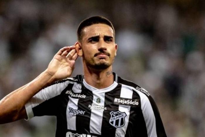 Galhardo tem interesse em voltar a jogar no Rio, onde foi revelado pelo Bangu e por Botafogo e Vasco