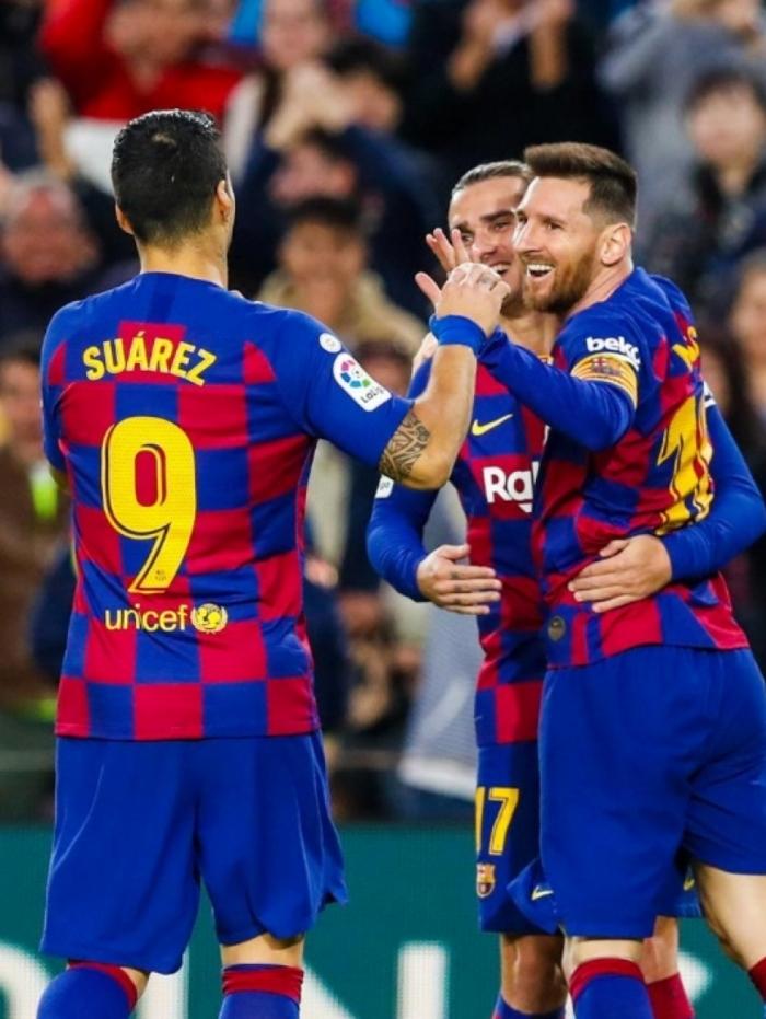 O Barcelona goleou o Alavés e segue na liderança do Campeonato Espanhol