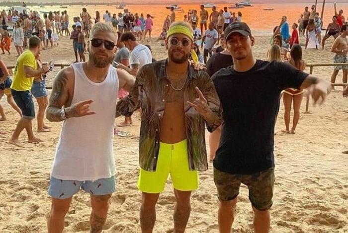 Neymar está de férias no Brasil