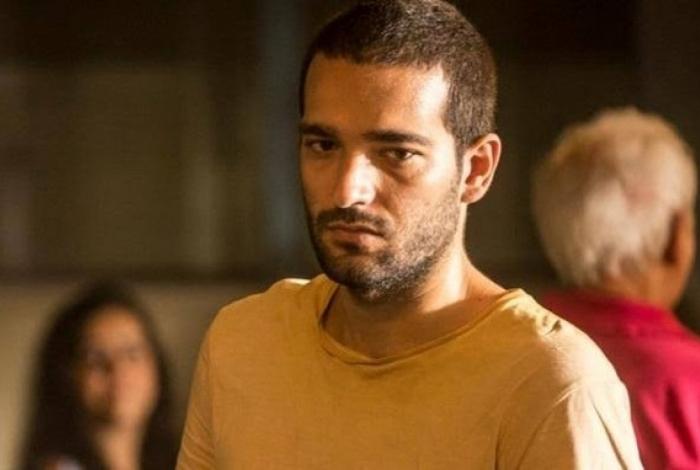Sandro (Humberto Carrão) - Amor de Mãe