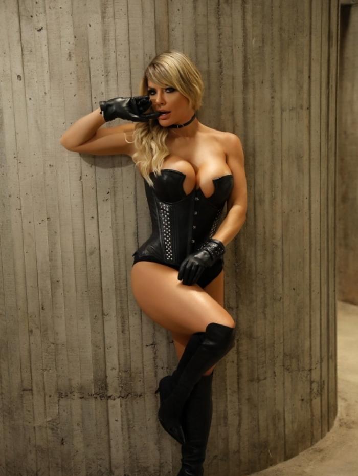 Ensaio da modelo Viviane Bordin para o fotografo Davi Borges