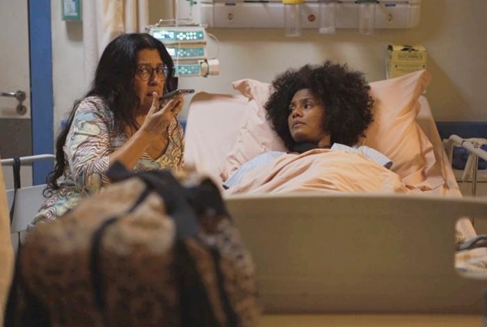 Lurdes se passa por Kátia e marca encontro com médico suspeito de envolvimento com a criminosa