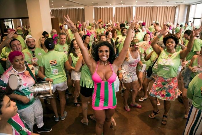 Feijoada Pré-carnavalesca da Mangueira no Vila Galé Rio
