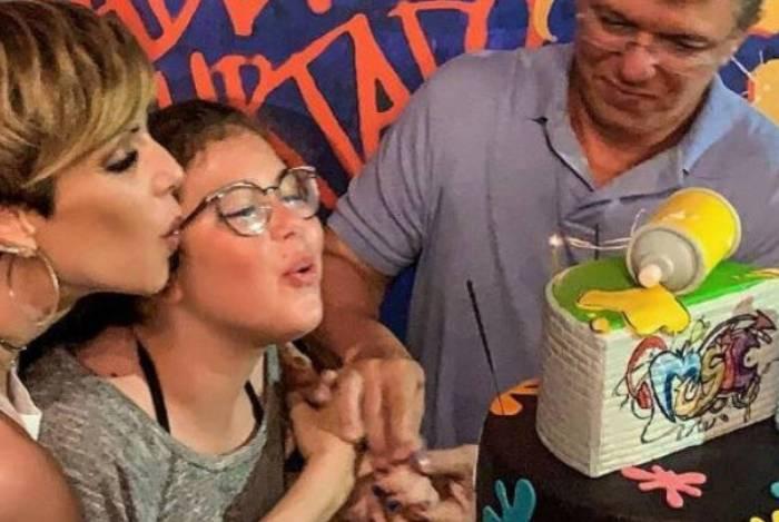 Filha de 12 anos de Boninho e Ana Furtado tem 2 contas no Instagram