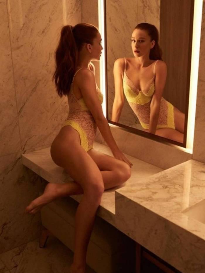 Marina Ruy Barbosa de lingerie sexy
