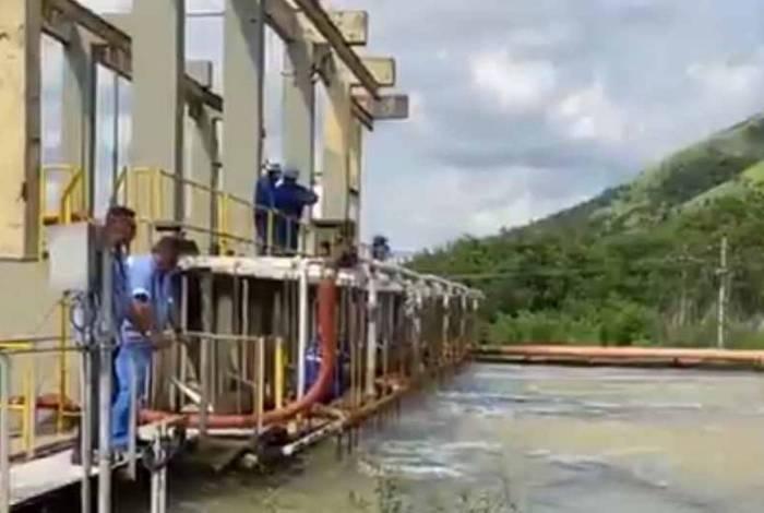 Carvão ativado começou a ser aplicado na água de Guandu