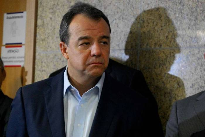 Segundo Sérgio Cabral, todos os ex-governadores que passaram pela Palácio da Guanabara nos últimos 32 anos receberam mesada