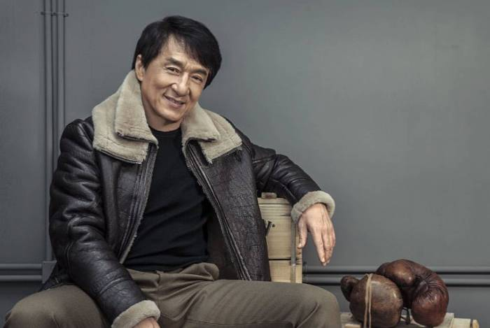 Jackie Chan oferece recompensa de R$ 615 mil por vacina
