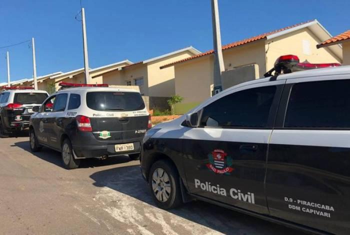 Homem é preso acusado de estuprar filha de 13 anos e enteadas