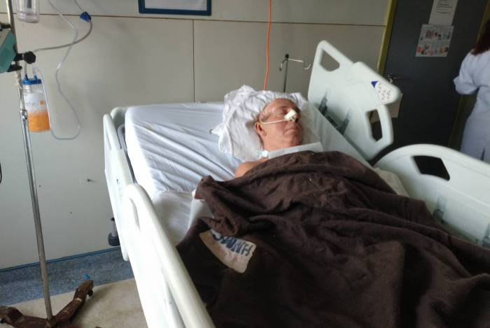 Roberto Vieira de Almeida, torcedor do Flamengo agredido, segue internado no Hospital Miguel Couto, onde está desde abril