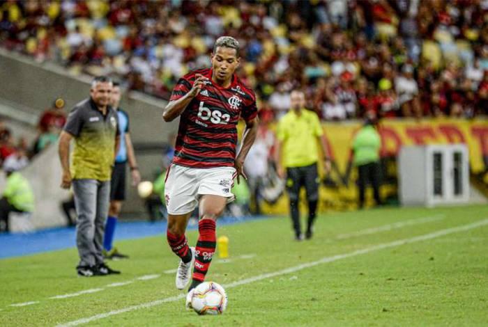 João Lucas comemora título da Taça Guanabara pelo Flamengo