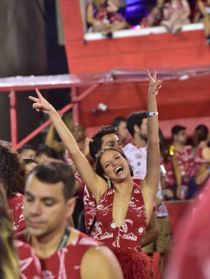 AGN_1882172 - Rio de Janeiro, BRASIL  - Famosos na Frisa na Sapucai no Rio de Janeiro  Pictured: Famosos em frisa  AgNews 25 FEVEREIRO 2020   BYLINE MUST READ: Leo Franco / AgNews  Xico Silva telefone: (21) 98240-2501 email: agnews.fotografia@gmail.com       Caption