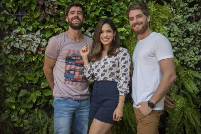 Micaela (Sabrina Petraglia), Bruno (Marcos Pitombo) e Gael (Cirillo Luna)