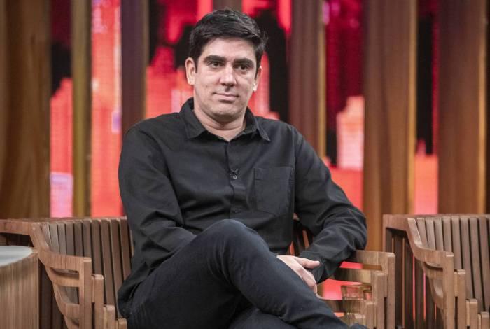 Marcelo Adnet rebate acusação de internauta