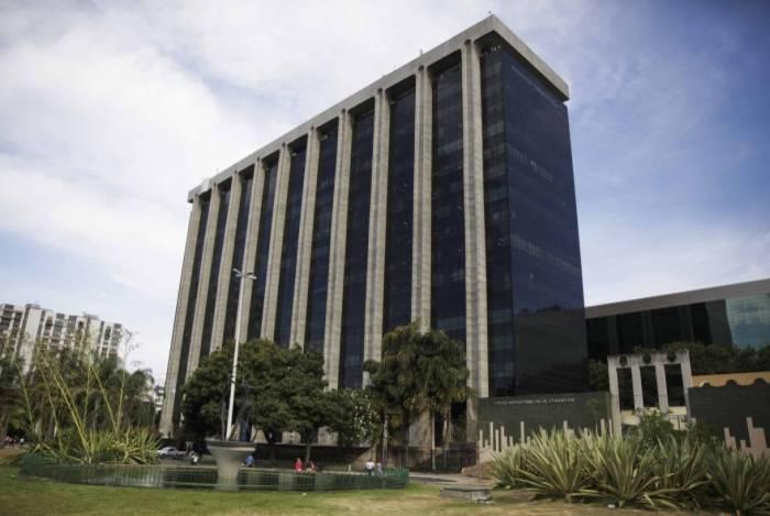 Prefeitura do Rio adota home office para servidores por conta do coronavírus