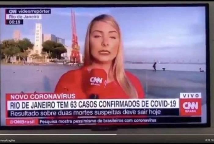 Repórter da CNN Brasil comete gafe ao vivo