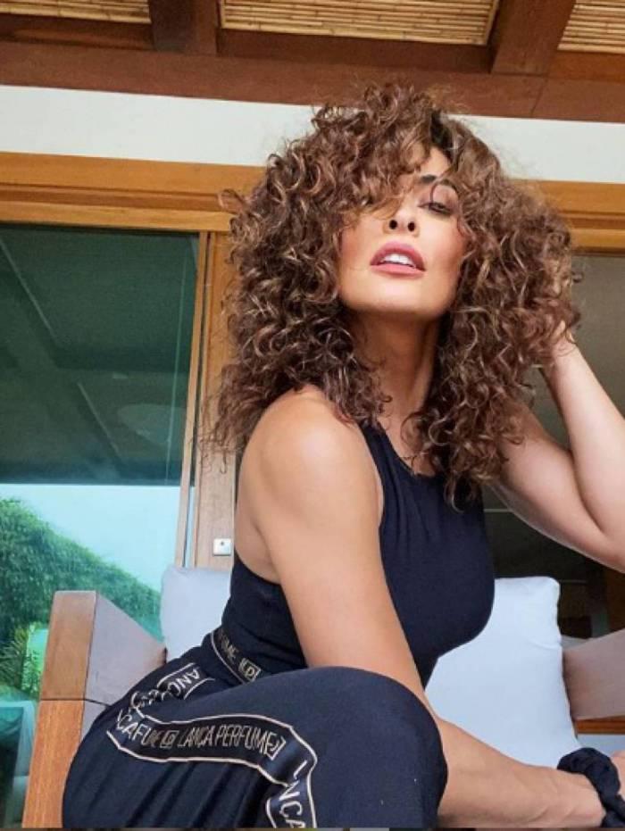 Juliana Paes compartilhou cuidados com o cabelo com os seguidores