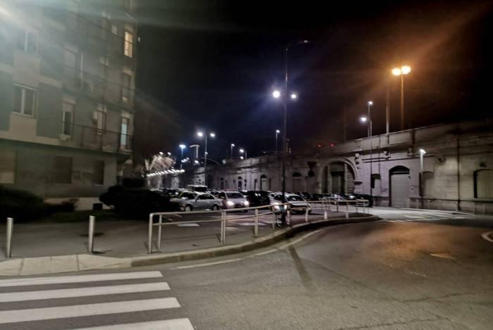 Pouca movimentação na Cidade de Milão, na Itália