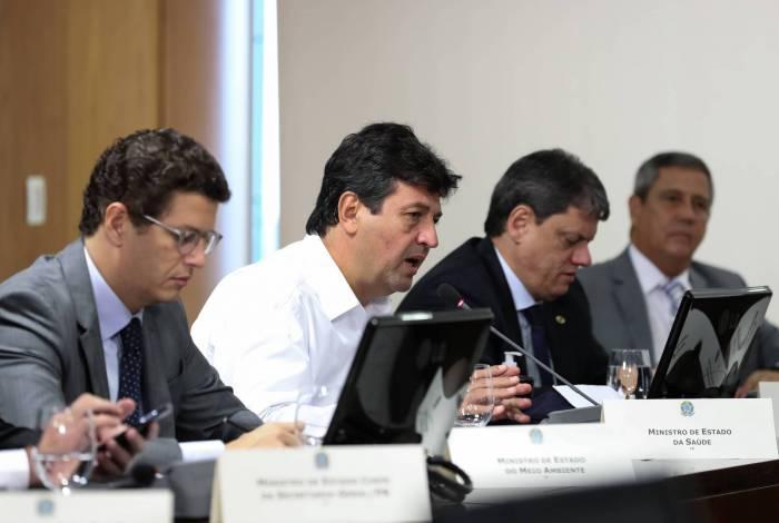 Ministro da Saúde, Luiz Henrique Mandetta, durante videoconferência com governadores do Sudeste